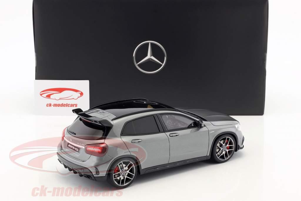 Mercedes-Benz AMG GLA 45 SUV montagna grigio 1:18 GT-Spirit