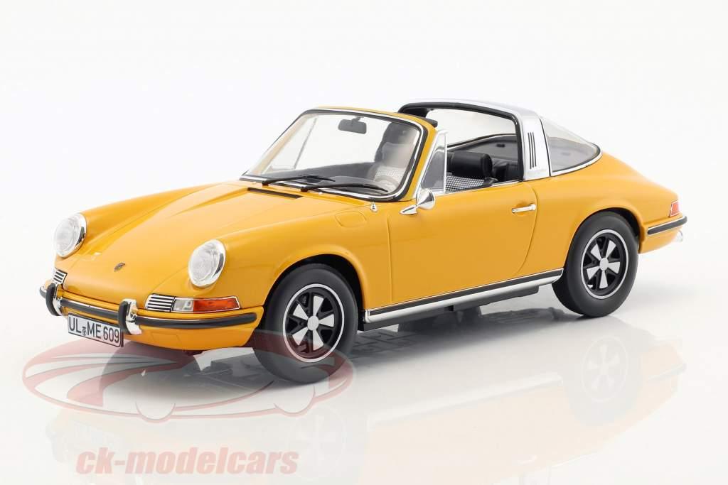 Porsche 911 E Targa year 1969 orange 1:18 Norev
