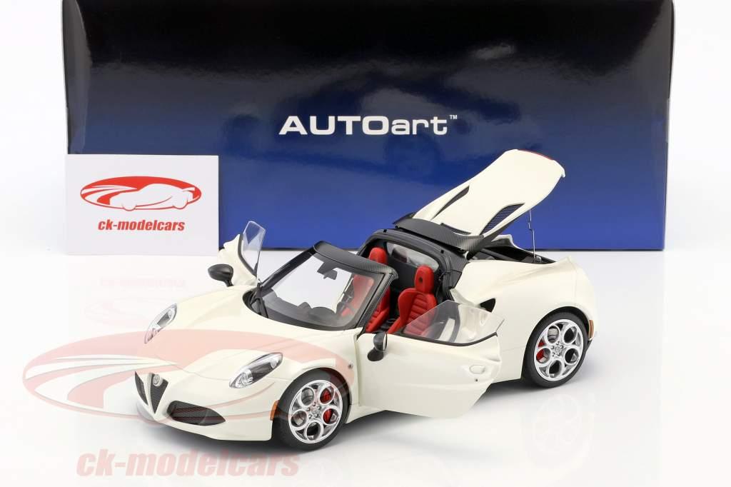 Alfa Romeo 4C Spider com removível topo ano de construção 2015 branco 1:18 AUTOart