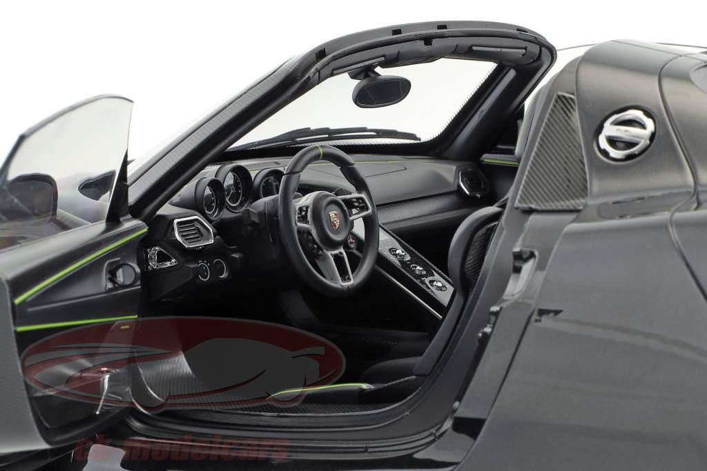 Porsche 918 Spyder Weissach Package year 2013 black metallic 1:12 AUTOart