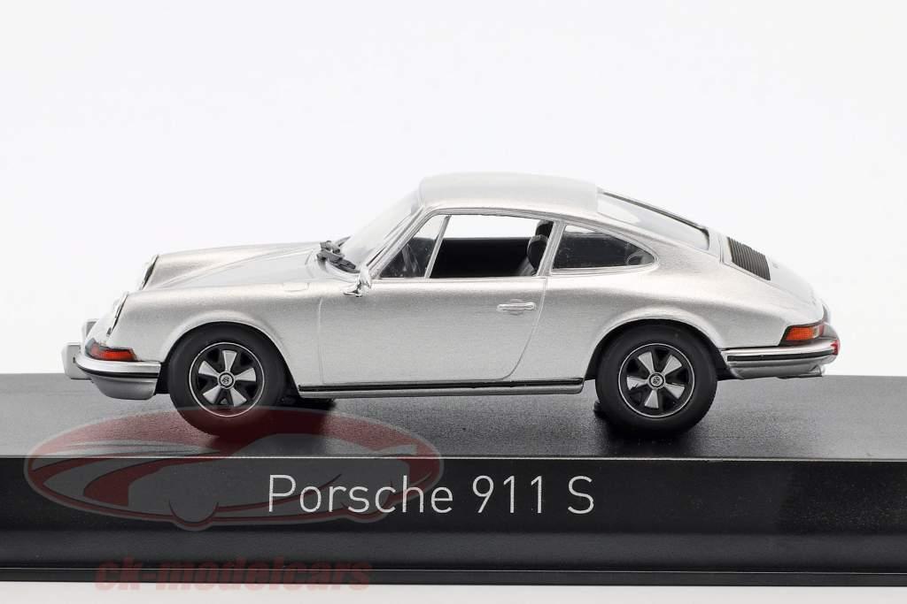 Porsche 911 S 2.4 year 1973  silver 1:43 Norev