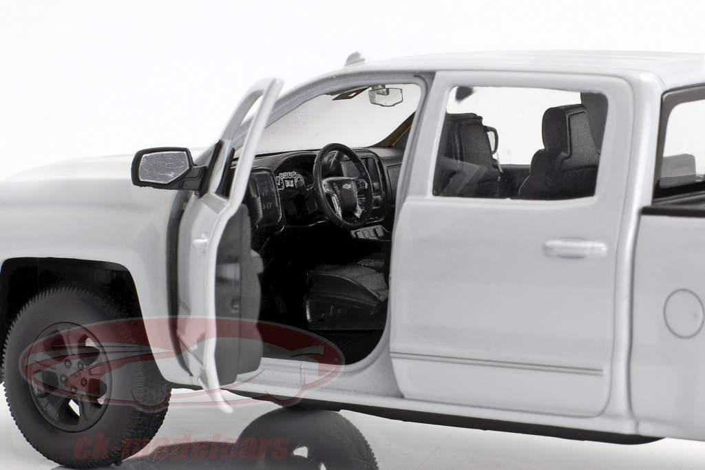 Chevrolet Silverado Baujahr 2017 weiß 1:24 Welly