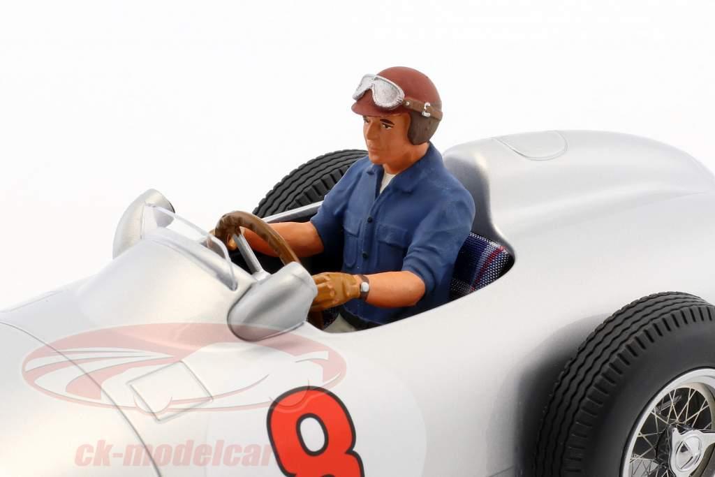 gezeten figuur raceauto met blauw overhemd 1:18 FigurenManufaktur