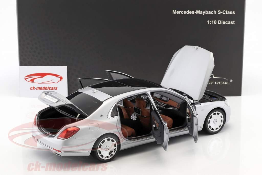 Mercedes-Benz Maybach S-classe ano de construção 2016 iridium prata 1:18 Almost Real