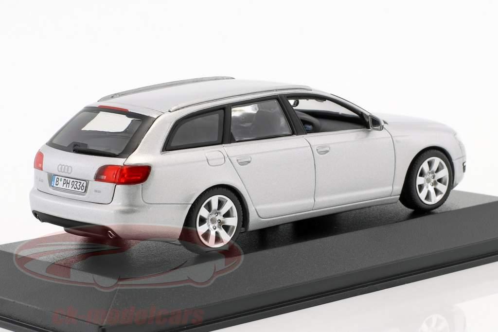 Audi A6 Avant 2004  argento 1:43 Minichamps