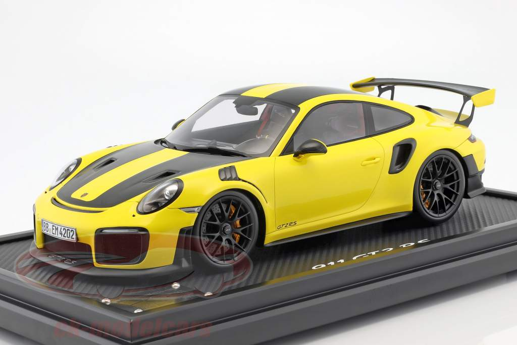 Porsche 911 (991 II) GT2 RS récord de vuelta Nürburgring 2017 6:47,3 min 1:12 Spark