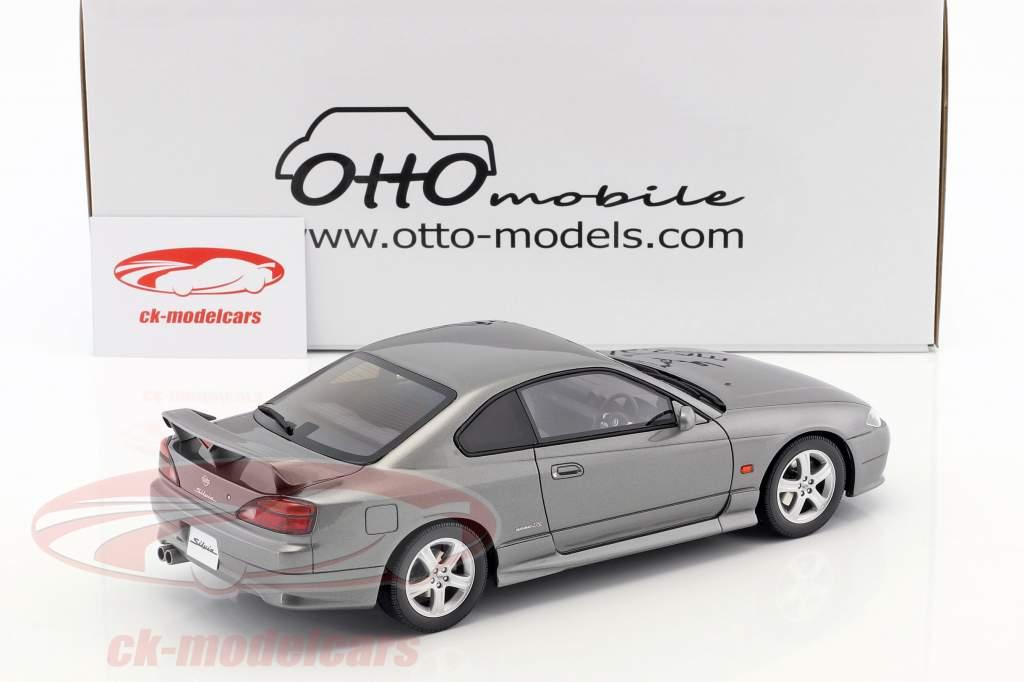 Nissan Silvia spec-R AERO (S15) Baujahr 1999 sparkling silber 1:18 OttOmobile