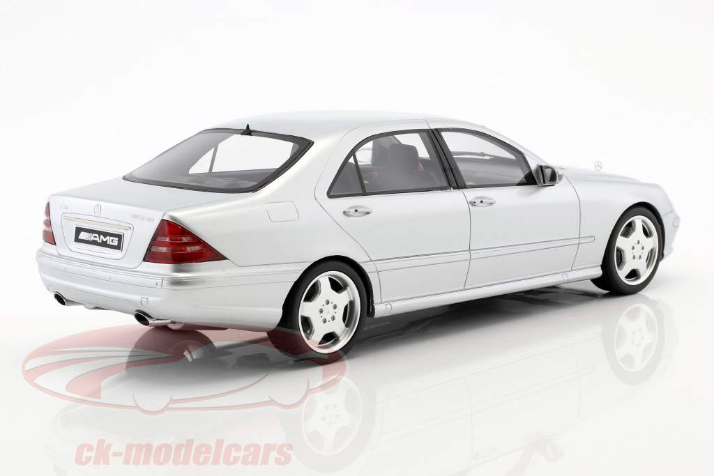 Mercedes-Benz S55 AMG (W220) year 2000 brilliant silver 1:18 OttOmobile