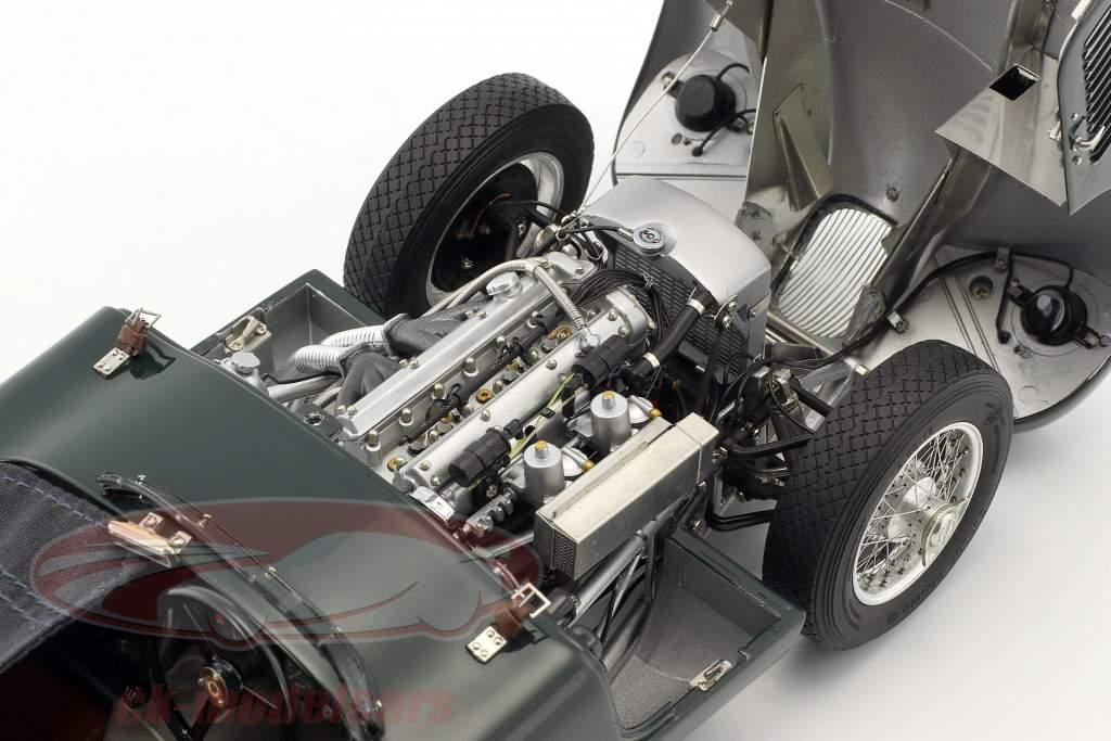 Jaguar C-Type Bouwjaar 1952-1953 British Racing groen 1:18 CMC