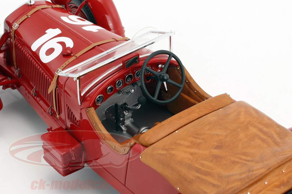 Alfa Romeo 8C 2300 LM #16 gagnant 24h LeMans 1931 Howe, Birkin 1:18 Spark