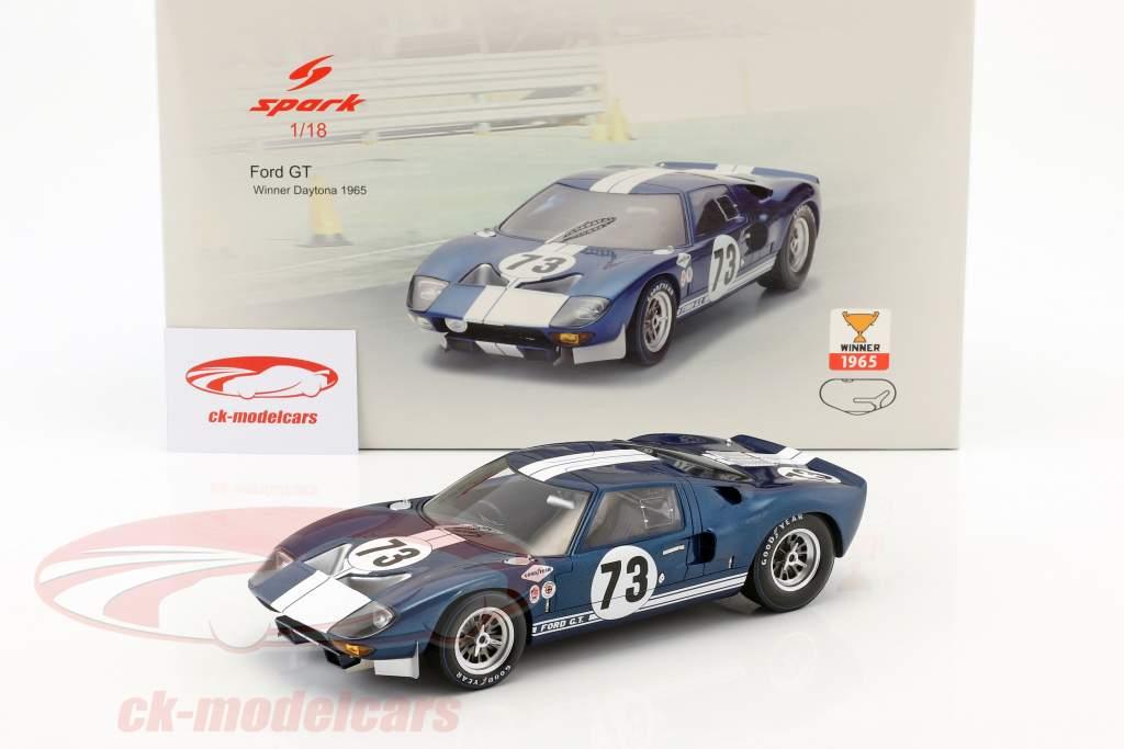 Ford GT40 #73 ganador Daytona 2000km 1965 Miles, Ruby 1:18 Spark