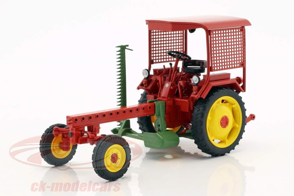 Fortschritt RS09-GT 124 tracteur avec Cuttor bar rouge 1:32 Schuco