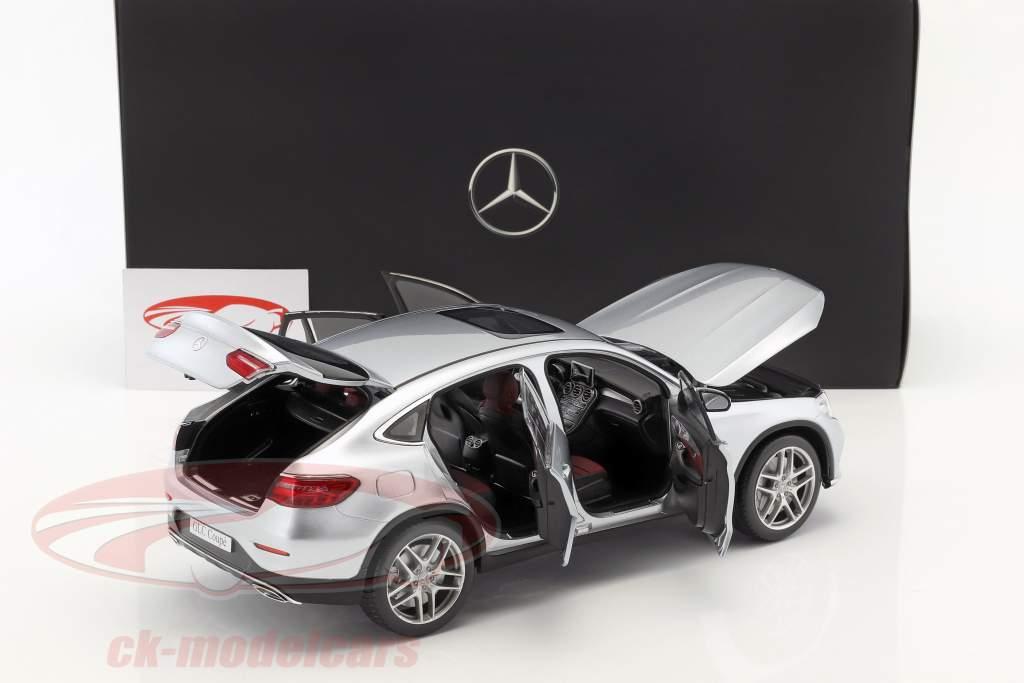 Mercedes-Benz GLC Coupe (C253) jaar 2016 diamant zilver 1:18 iScale