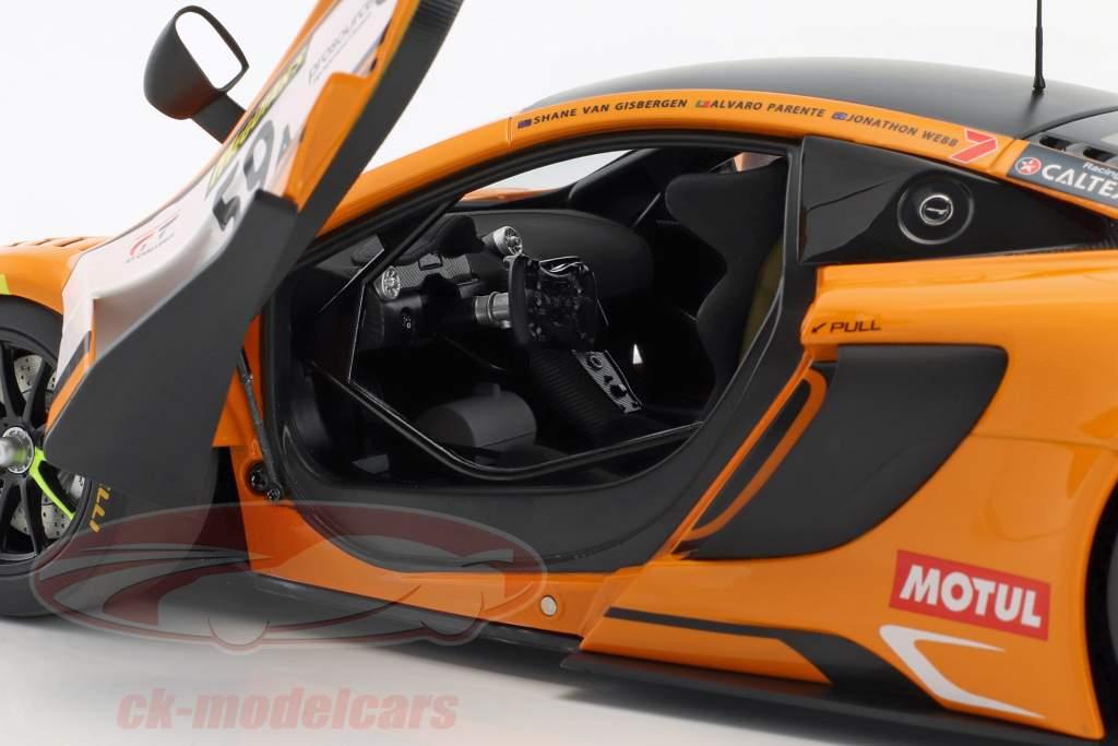 McLaren 650S GT3 #59 winnaar 12h Bathurst 2016 van Gisbergen, Parente, Webb 1:18 AUTOart