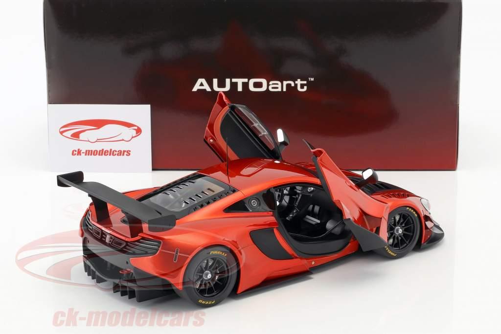 McLaren 650S GT3 año de construcción 2017 volcán naranja / negro 1:18 AUTOart
