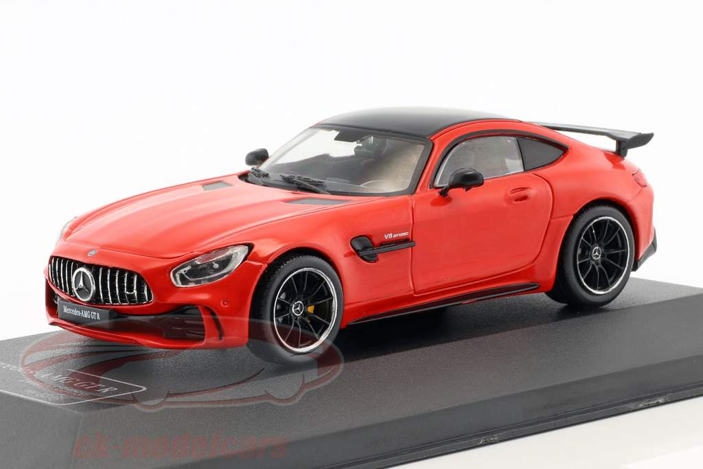 Mercedes-Benz AMG GT-R jupiter rød 1:43 CMR