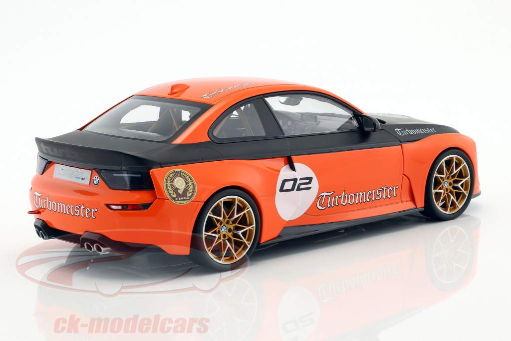 BMW 2002 Hommage Collection Turbomeister #2 naranja / negro 1:18 Norev