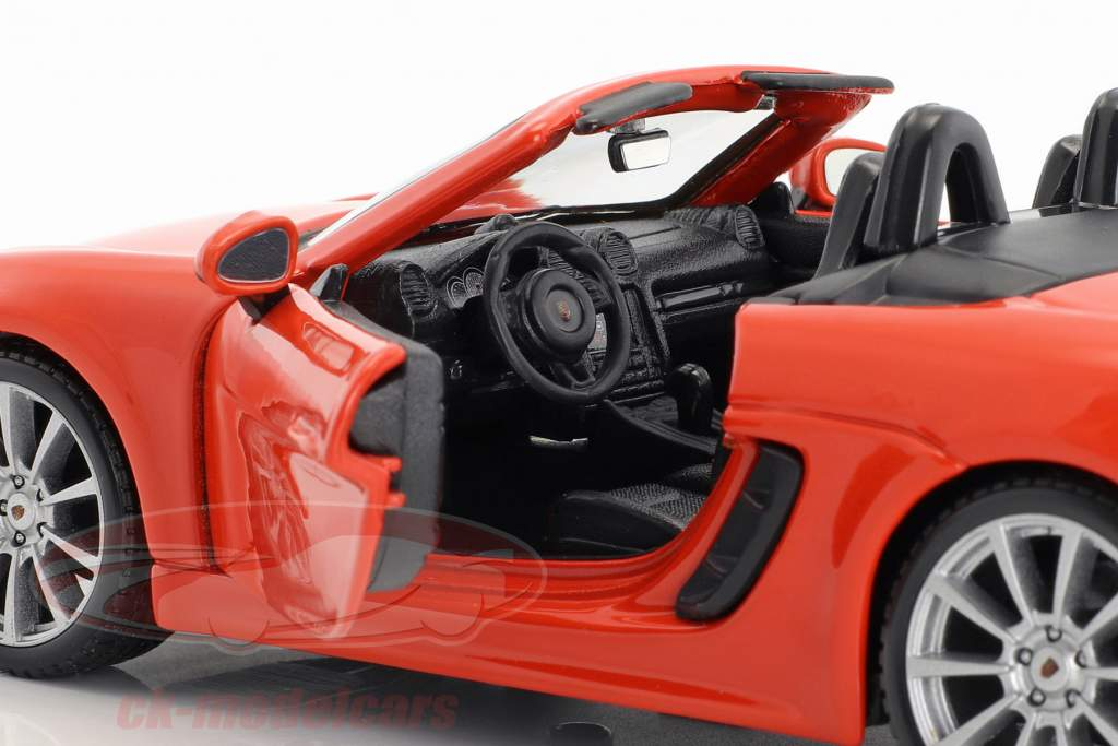 Porsche 718 (982) Boxster Bouwjaar 2016 oranje 1:24 Bburago