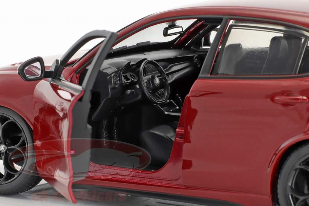 Alfa Romeo Stelvio Ano de construção 2017 vermelho 1:24 Bburago