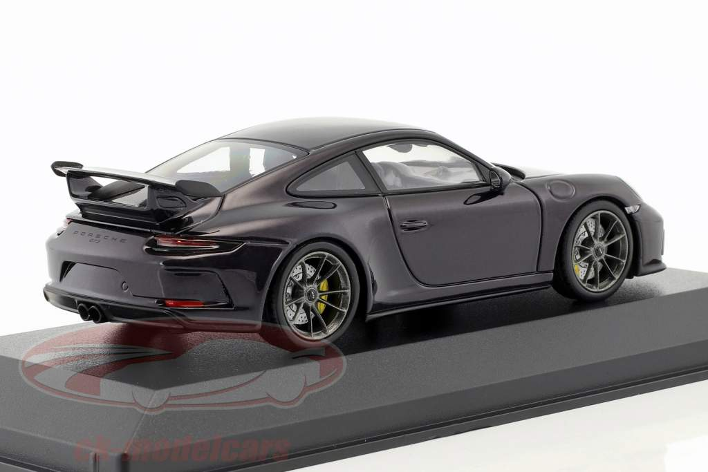 Porsche 911 (991 II) GT3 ano de construção 2017 viola metálico 1:43 Minichamps