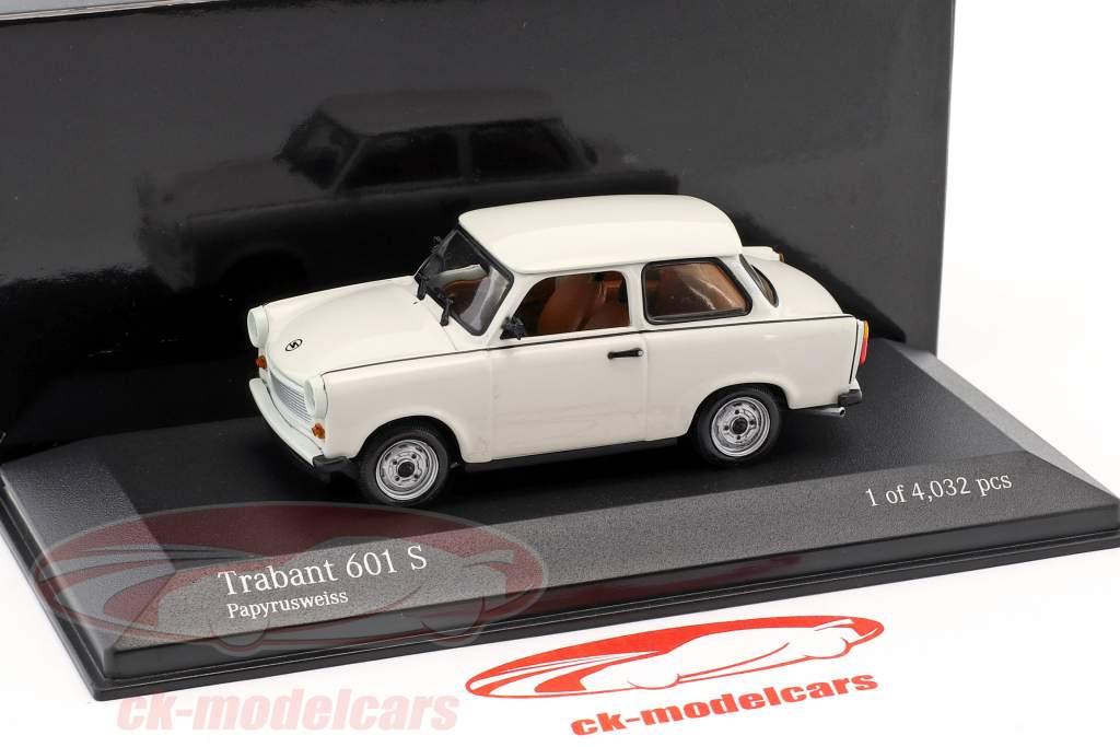 Trabant 601 S ano de construção 1964–1990 papiro branco 1:43 Minichamps / falso overpack
