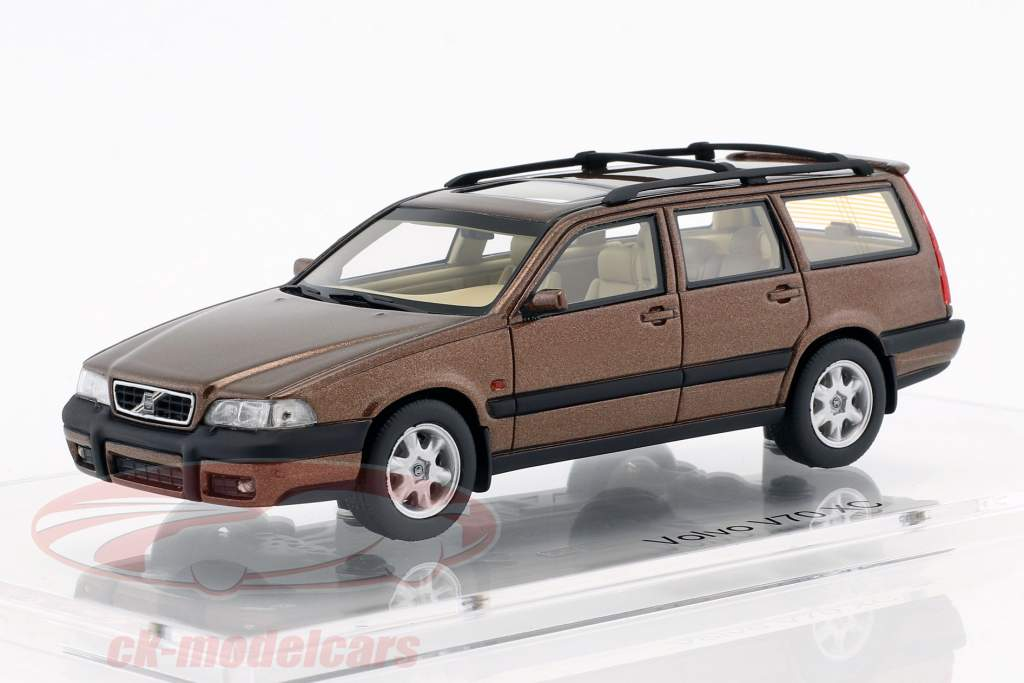 Volvo V70 XC Opførselsår 1997 sandstone brun metallisk 1:43 DNA Collectibles