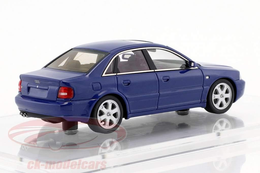 Audi S4 (B5) ano de construção 1997 nogaro azul 1:43 DNA Collectibles