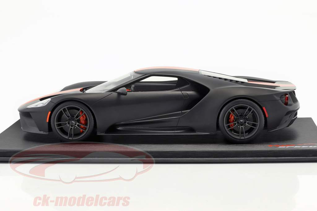 Ford GT Opførselsår 2017 måtten sort med appelsin striber 1:18 TrueScale