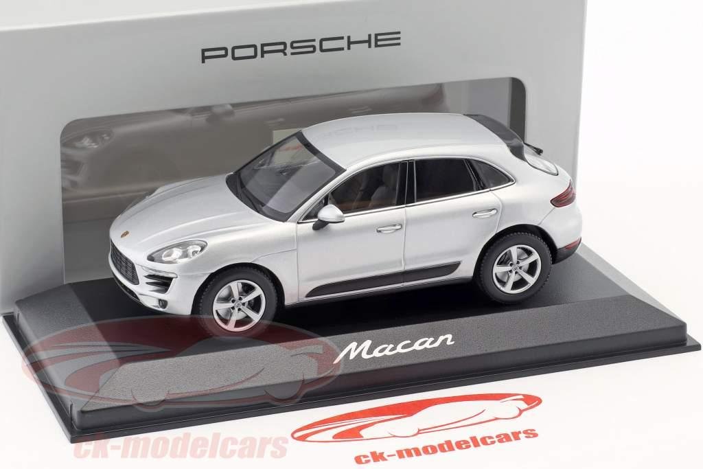 Porsche Macan year 2013 rhodium silver 1:43 Minichamps