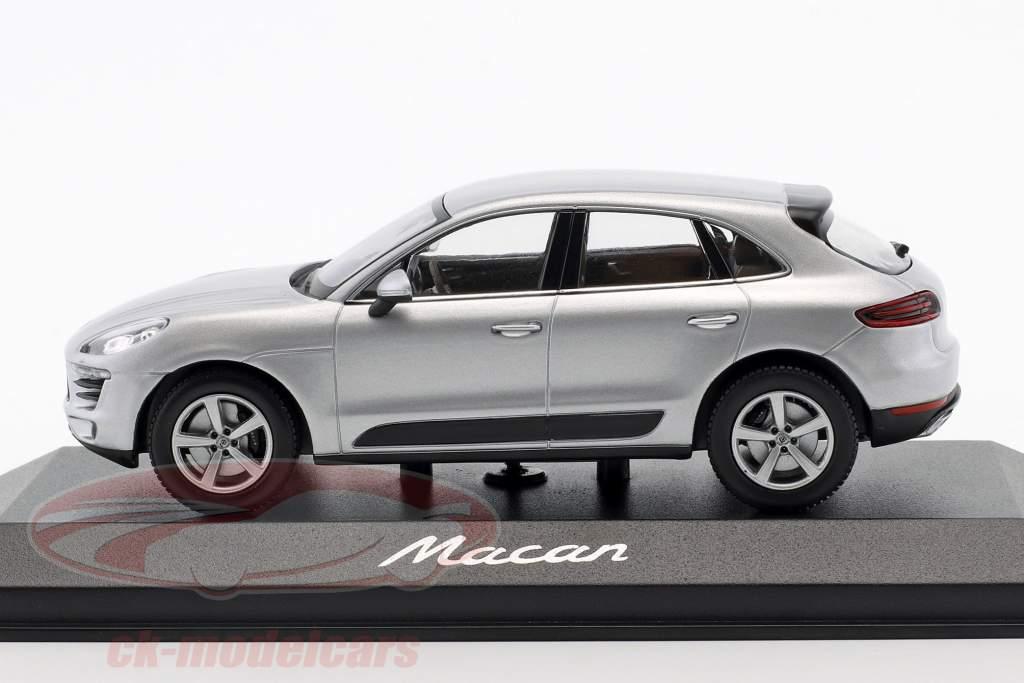 Porsche Macan année de construction 2013 rhodium argent 1:43 Minichamps