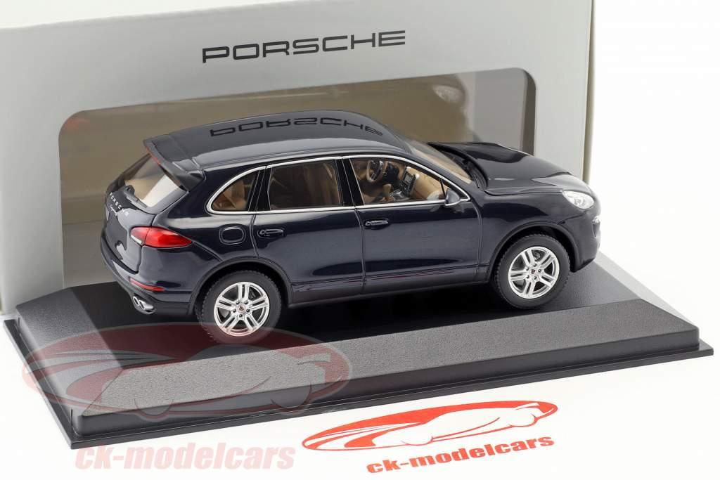Porsche Cayenne E2 II S (958) ano de construção 2015 azul escuro 1:43 Minichamps