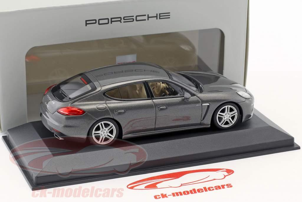 Porsche Panamera Diesel Opførselsår 2014 agat grå 1:43 Minichamps