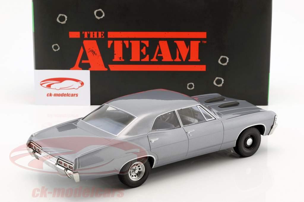 Chevrolet Impala Sport Sedan Baujahr 1967 TV-Serie Das A-Team (1983-87) blaugrau 1:18 Greenlight
