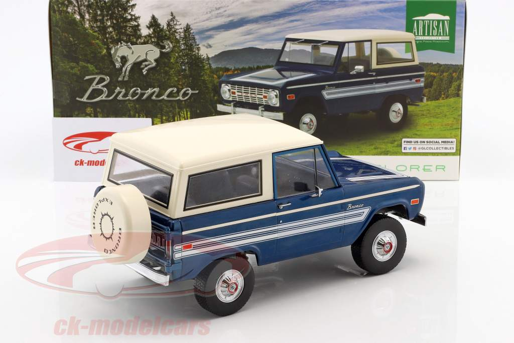 Ford Bronco Explorer year 1976 blue / white 1:18 Greenlight