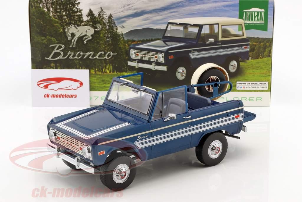 Ford Bronco Explorer Bouwjaar 1976 blauw / wit 1:18 Greenlight