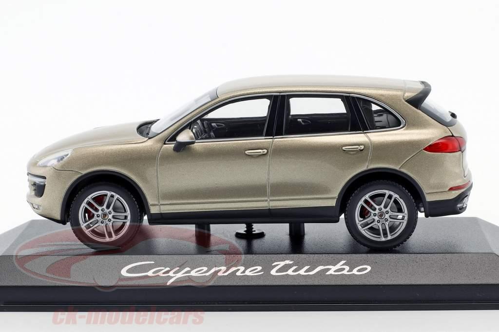 Porsche Cayenne Turbo (958) Baujahr 2014 gold 1:43 Minichamps