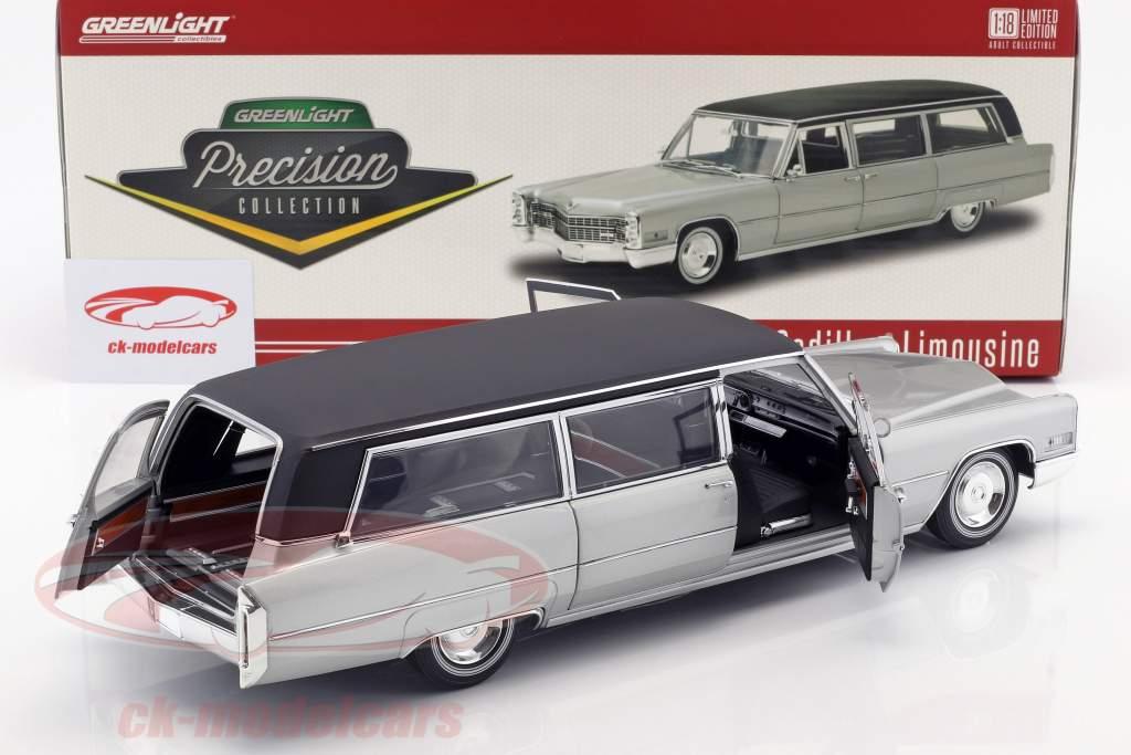 Cadillac S&S Limousine Baujahr 1966 silber / schwarz 1:18 Greenlight