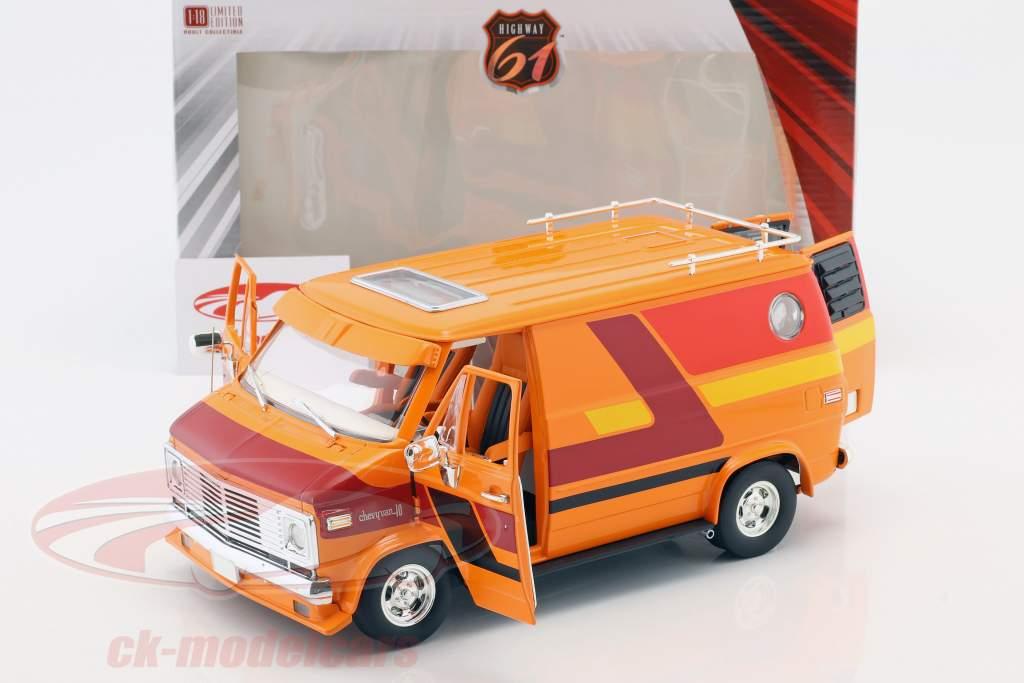 Chevrolet G-Series van ano de construção 1976 laranja / vermelho / amarelo 1:18 Greenlight