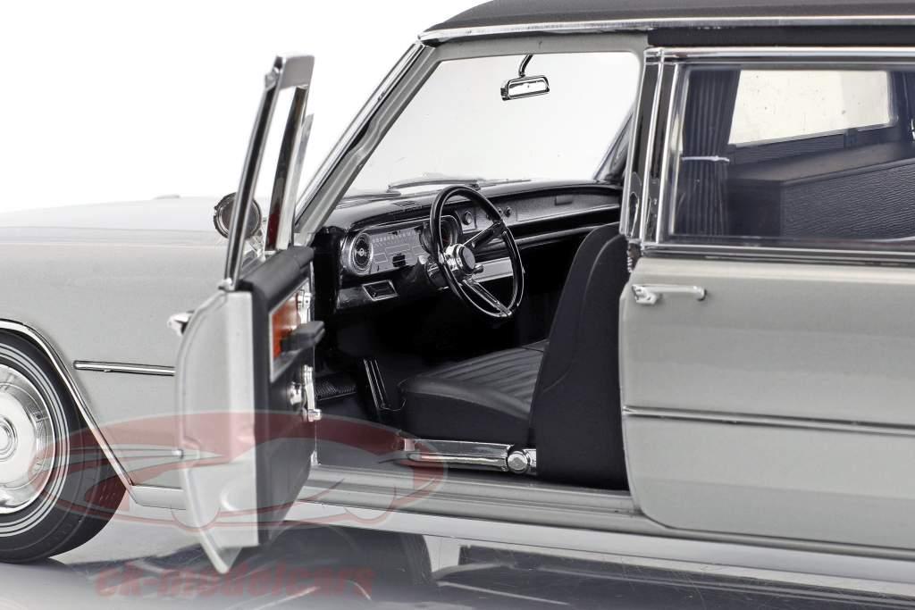 Cadillac S&S Limousine ano de construção 1966 prata / preto 1:18 Greenlight