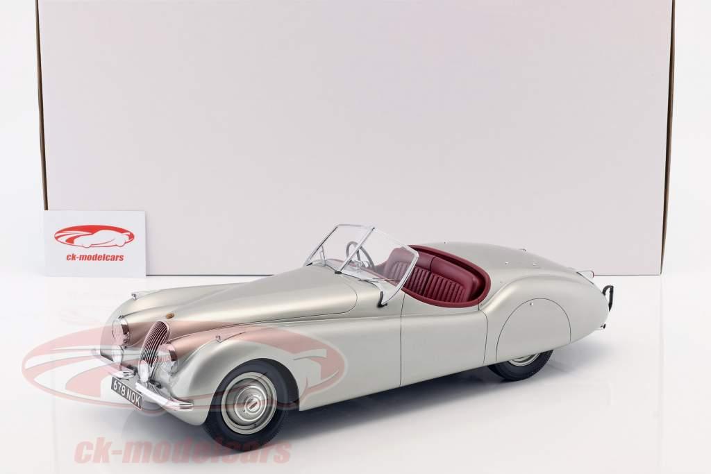Jaguar XK 120 OTS Bouwjaar 1948-1954 zilver 1:12 Matrix