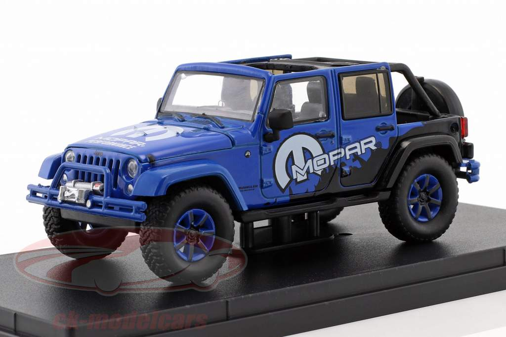 Jeep Wrangler Unlimited All Terrain Mopar Baujahr 2012 blau / schwarz 1:43 Greenlight