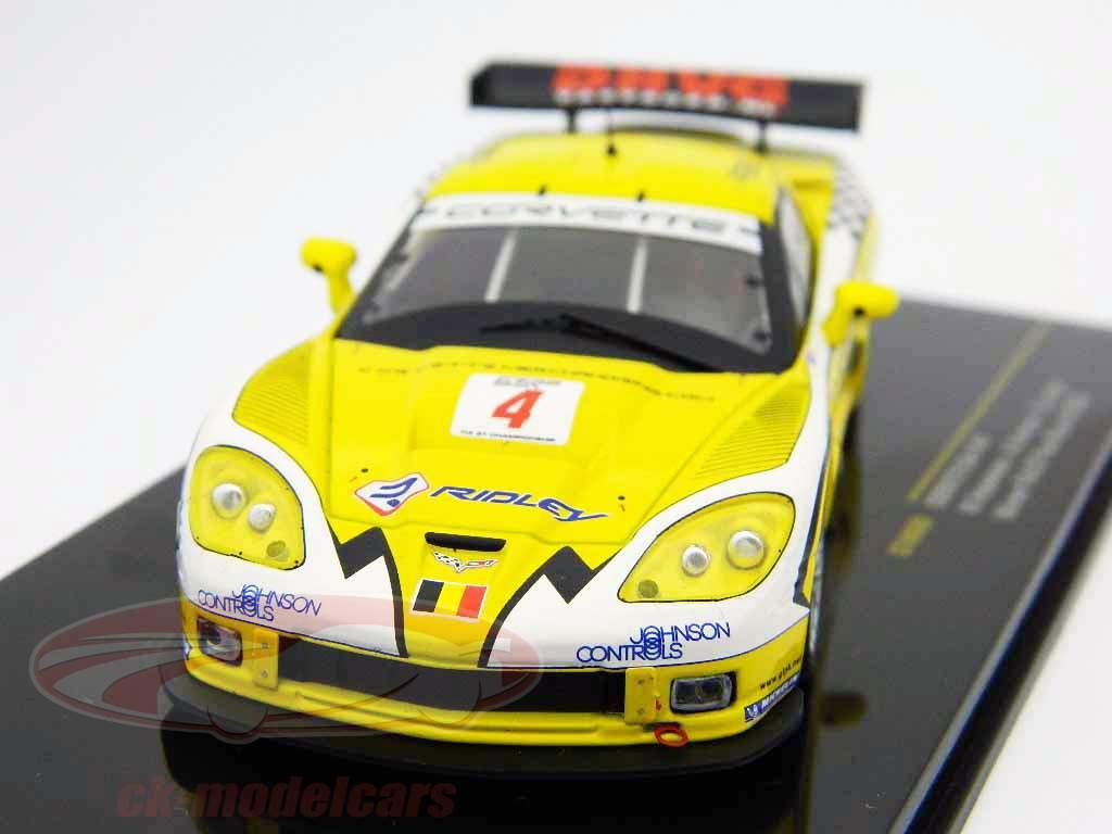 Corvette C6-R N° 4 Vainqueur FIA GT Paul Ricard 2006 1:43 Ixo