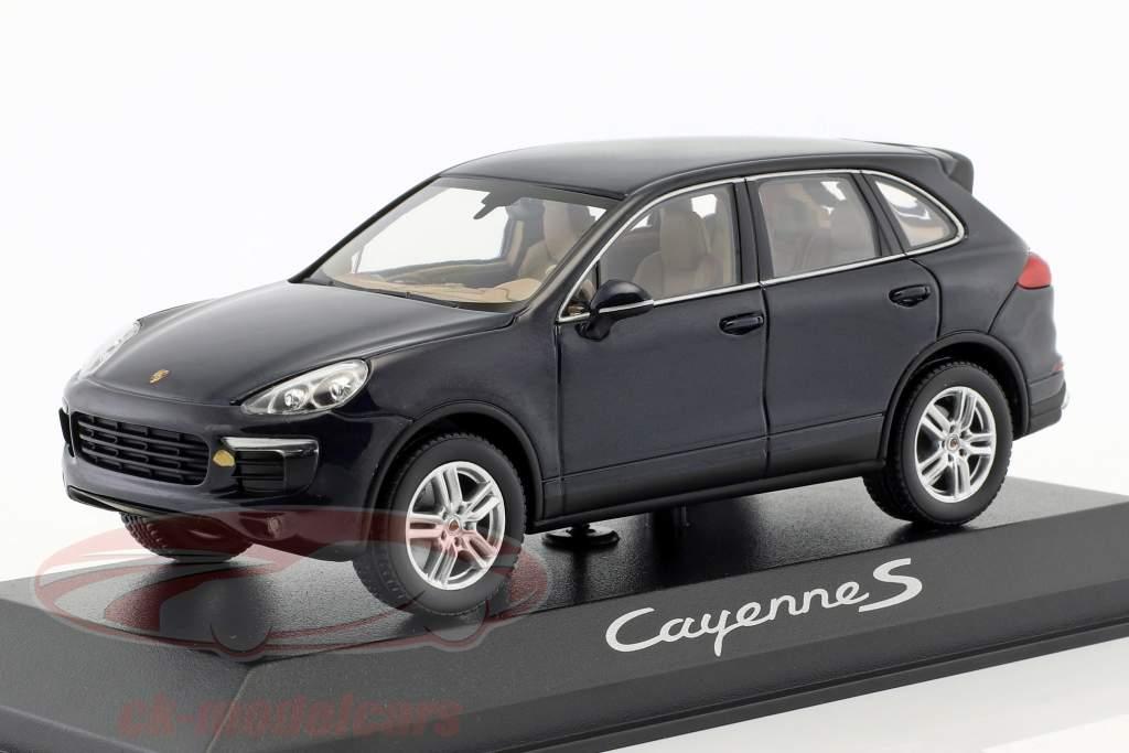 Porsche Cayenne E2 II S (958) année 2015 bleu foncé 1:43 Minichamps