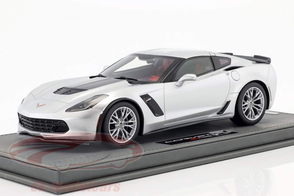 Chevrolet Corvette C7 Z06 year 2015 silver shark with Showcase 1:18 BBR