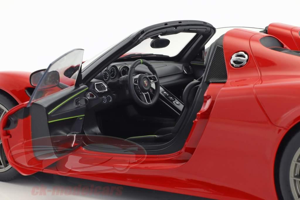 Porsche 918 Spyder Weissach paquet année de construction 2013 gardes rouge 1:12 AUTOart