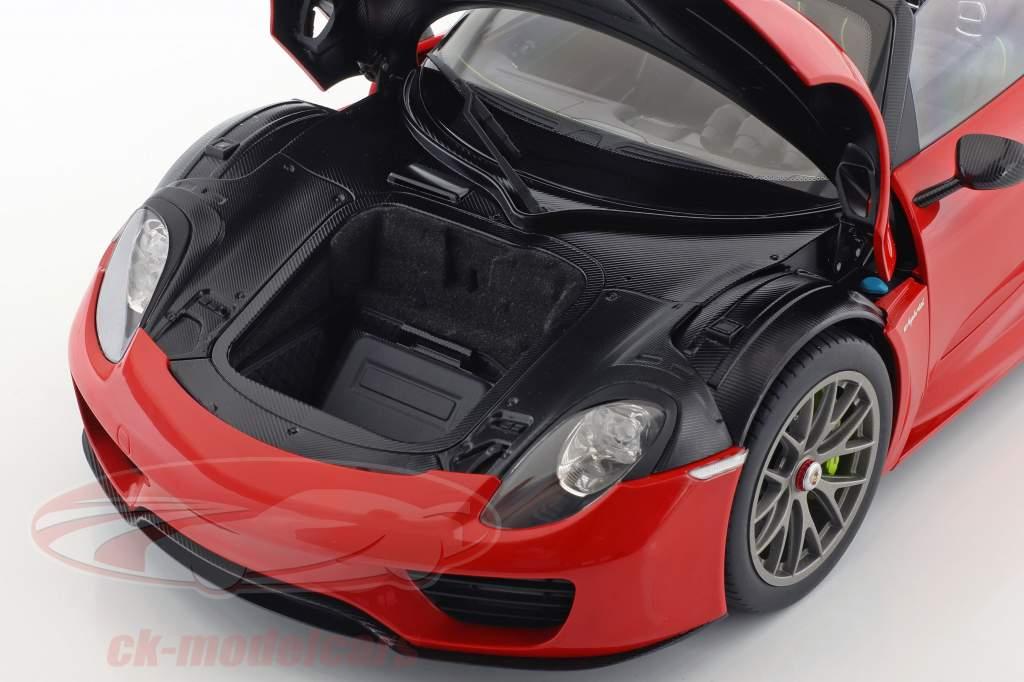 Porsche 918 Spyder Weissach Paket Baujahr 2013 indischrot 1:12 AUTOart