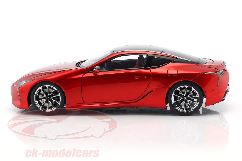 Lexus LC 500 année de construction 2017 rouge métallique 1:18 AUTOart