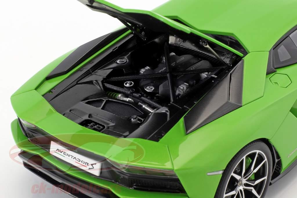 Autoart 1 18 Lamborghini Aventador S Year 2017 Mantis Green 79133