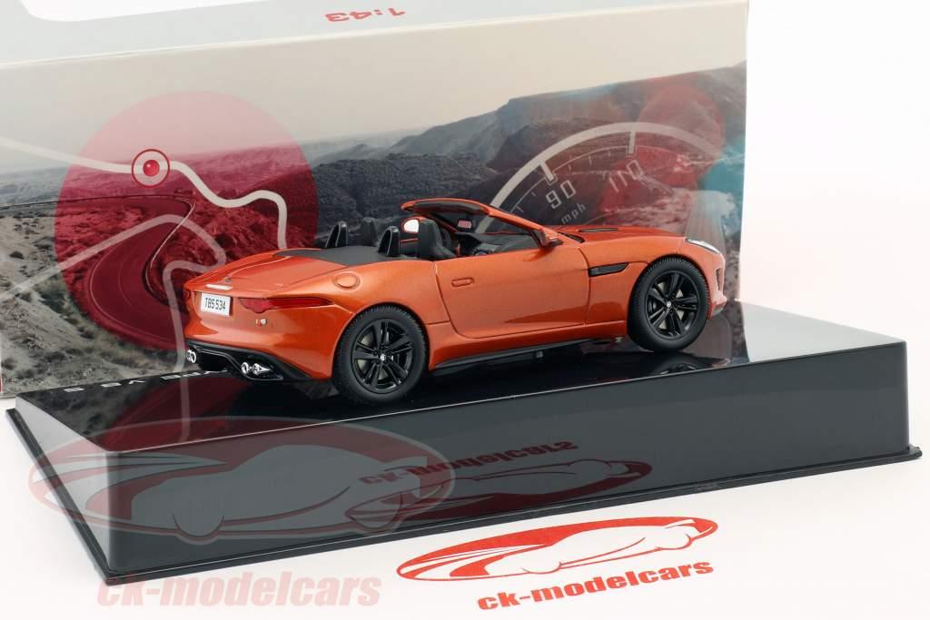 Jaguar F-Type V8-S Cabriolet Opførselsår 2013 brand sand metallisk 1:43 Ixo