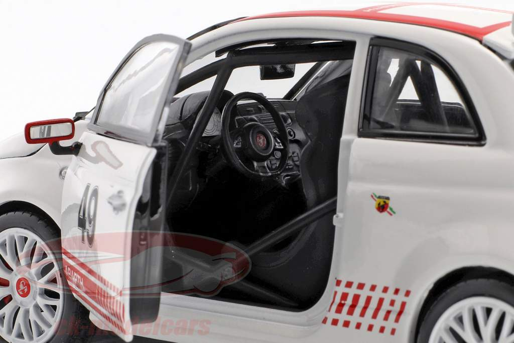Fiat Abarth 500 Assetto Corse #49 white / red 1:24 Bburago